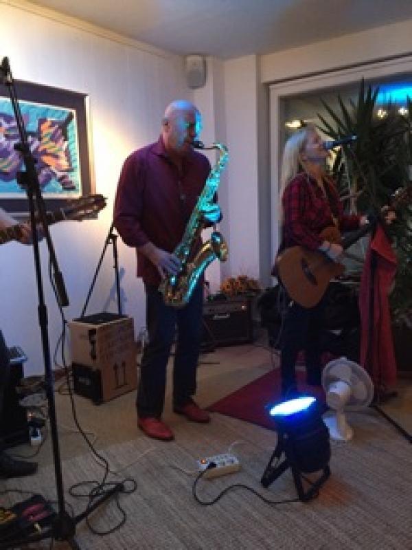 Soltoros in der Galerie Stexwig mit Peggy Sunday