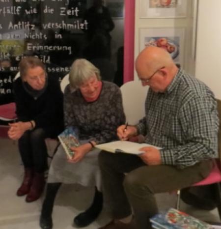 Hans-Ruprecht Leiß signiert in der Galerie Stexwig