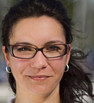 Nicole Banik liest in der Galerie Stexwig