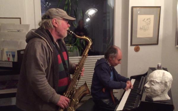 Otto Jeschke und Jürgen Iversen-Musik spontan, Probe in der Galerie Stexwig