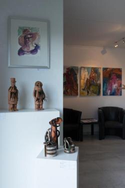Skulpturen und Gemälde von Doris Rüstig-Ladewig in der Galerie Stexwig
