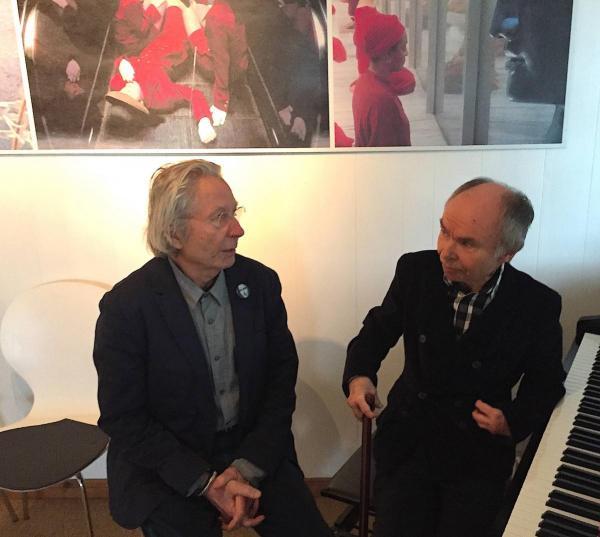 der Künstler Dietmar Höhne im Gespräch mit dem Musiker Jürgen Iversen